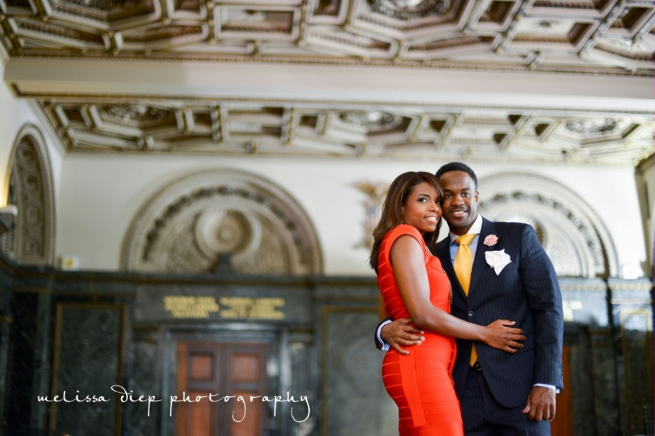 engagement photos at the chicago cultural center