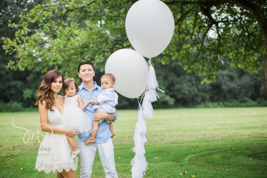 whimsical airy field floral family session chicago grassy knoll-6