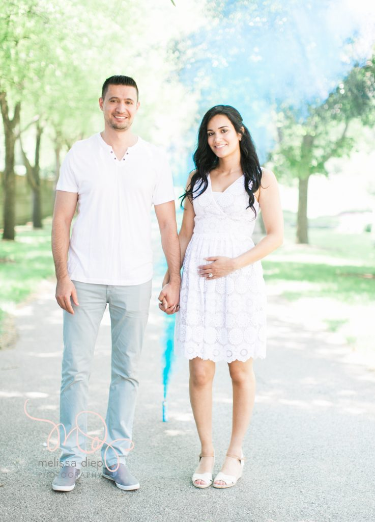gender announcement pregnancy photographer in chicago